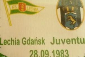 Proporczyk z sezonu 1983/84 ze spotkania 1983.09.28.Lechia Gdańsk-Juventus Turyn