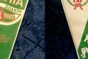 Proporczyk wydany z okazji 45 lat Lechii Gdańsk